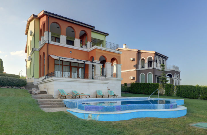 Four-Bedroom Villa with Private Pool and Sea View